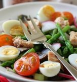 Tuna and quail egg salad
