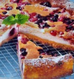 Strawberry and Currant Tart