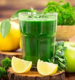 Parsley, Apple, and Banana Smoothie