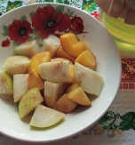 Peach and Pear Salad with Hohey and Cinnamon