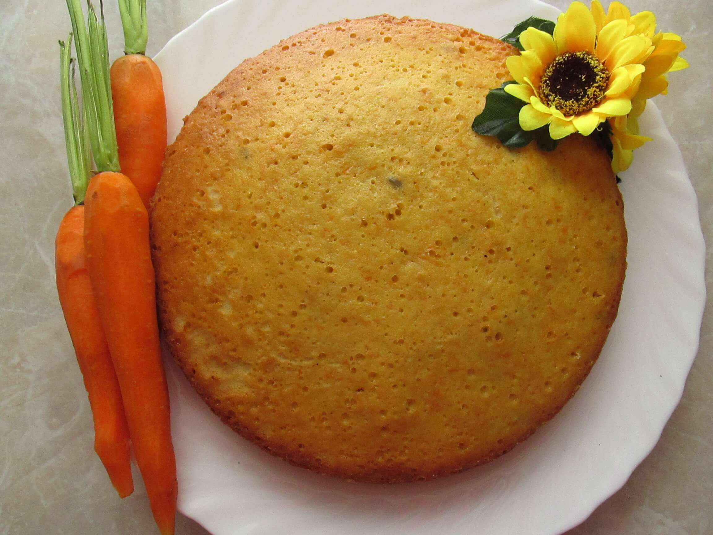 Carrot cake ukrainian recipes for a tasty life these vegetables deserve their place on the table and today were going to bake a fool proof easy and amazingly delicious carrot cake forumfinder Images