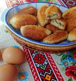 Ukrainian pyrizhky with buckwheat and egg (Hand pies)