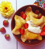 Strawberry dumplings – Delicious treat from Ukraine