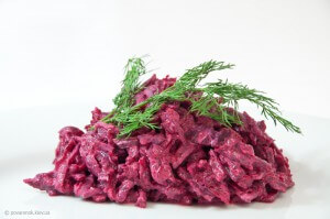 Creamy beet salad