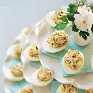 Eggs stuffed with mushrooms