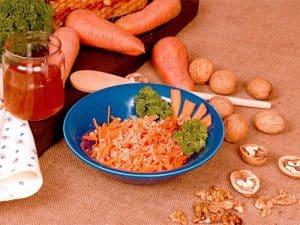 Carrot walnut salad