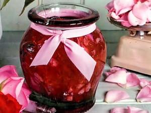 Rose petal marmalade