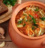 Ukrainian soup with cabbage – Kapusniak Zaporizkyi