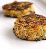 Crab cutlets with carrot and marrows