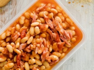 Kidney beans with mushrooms and carrots