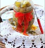 Pear jam with poppy seads