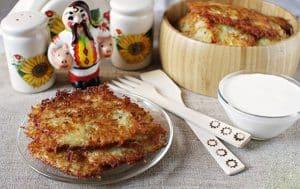 Potato pancakes with salo