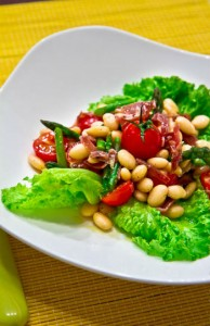 Veal salad with beans
