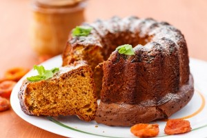 Honey and walnut cake