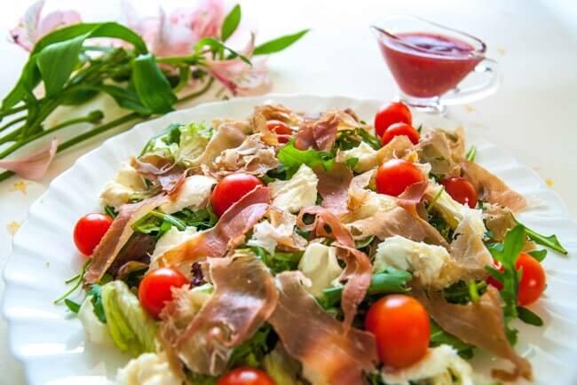 salat-z-shinki-bazhaniy-gst-na-svyatkovomu-stol_654