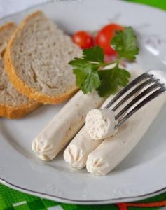 Chicken sausages seasoned with sweet paprika and coriander