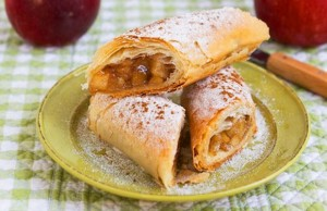 Cottage cheese roll with apple stuffing