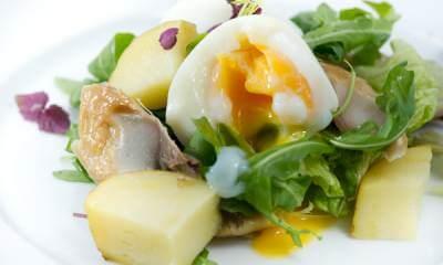 1324580174_salat-iz-konservirovannoj-skumbrii