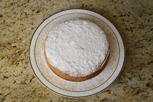 Hazelnut cake with dried apricots