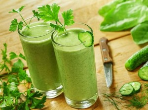 Cucumber and lettuce smoothie
