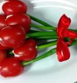 Appetizer 'Tomato Tulips'