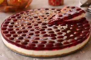 Cherry jelly cake