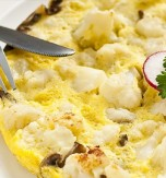 Omelette with Cauliflower and Mushrooms