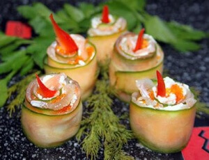 Vegetable and salmon appetizer 'Candles'