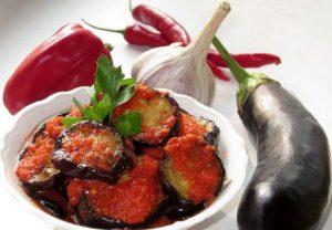 Fried eggplants in a pepper-garlic sauce