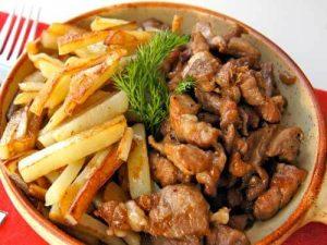 Stir-fried pork with potatoes