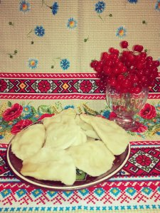 Varenyky with guelder rose berry filling