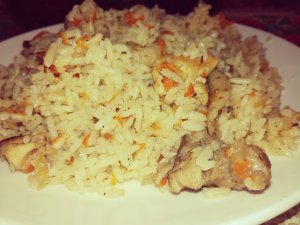 Chicken pilaf with carrot and onion