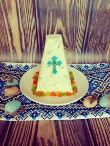 Ukrainian Easter cheese cake