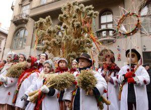 Diduch - Ukrainian Christmas decor