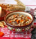 12 traditional meals for Sviat Vechir (Ukrainian Christmas Eve)